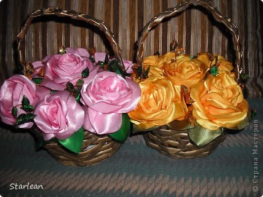предлагаю вам сделать вот такие корзины с розами в подарок! фото 1