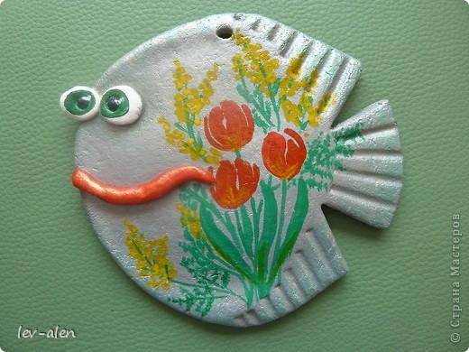 Рыбка с восьмимартовским настроением. фото 1
