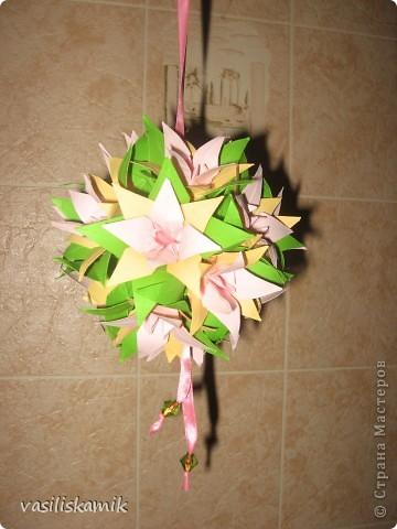 Лилия, 12 цветочков. Когда сшила, показалось что 12ти маловато. Утром сделаю еще 4, думаю будет в самый раз фото 3