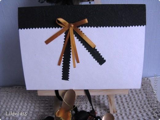 Всем привет! Не знаю уж почему, но захотелось мне сделать картинку в доме Эллочки-людоедочки. ( С чего бы это?) Сначала мысль была сделать ее ну очень наглой, но в процессе я решила, что Эллочка не такая уж  не эстетка, поэтому картина была слегка припудрена. фото 3