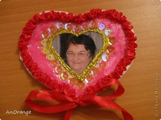 В преддверии праздника Святого Валентина было решено, что нужно поздравить весь класс. Часть валентинок купили, а часть решили сделать своими руками. Вот что из этого получилось. фото 10