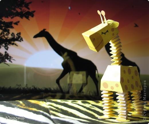 Слоненок и жираф. Выкройки распечатаны на цветном принтере, склеены клеем-карандашом. фото 2