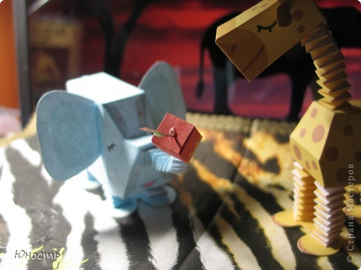 Слоненок и жираф. Выкройки распечатаны на цветном принтере, склеены клеем-карандашом. фото 9