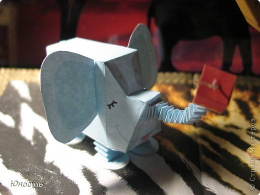 Слоненок и жираф. Выкройки распечатаны на цветном принтере, склеены клеем-карандашом. фото 11