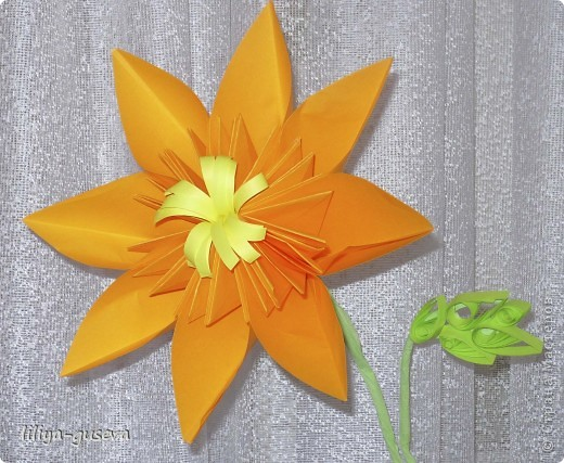 Цветочек в подарок