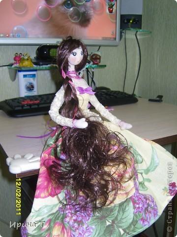 Наконец дошилась кукла в подарок замечательной девушке!Первый раз делала каркас из проволоки-замучилась его вставлять! фото 2