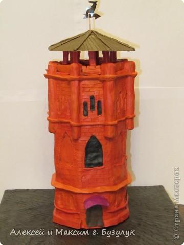 Макет символа г. Бузулука  - старинной водонапорной башни. фото 1