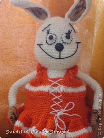 Моя первая вязаная игрушка. Идея не моя -нашла на сайте амигуруми. Но  делала по своему.Вот что из этого вышло. фото 1