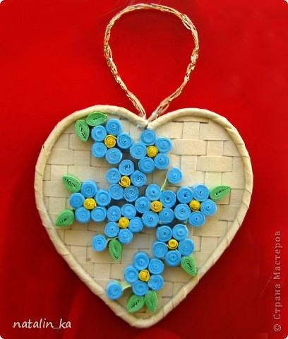 Дорогие мастерицы! В предверии весенних праздников появились у меня вот такие цветочные сердечки. Желаю вам любви, светлого весеннего настроения и пусть в ваших сердцах почаще от счастья распускаются цветы!    фото 3