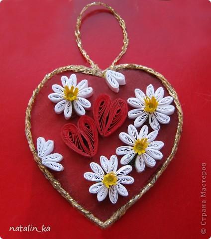 Дорогие мастерицы! В предверии весенних праздников появились у меня вот такие цветочные сердечки. Желаю вам любви, светлого весеннего настроения и пусть в ваших сердцах почаще от счастья распускаются цветы!    фото 5