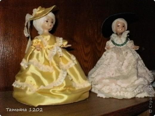 таких модных кукол я делала давно,но думаю будет интересно вспомнить и посмотреть на таких красавиц,техника проста,но работа увликательна.