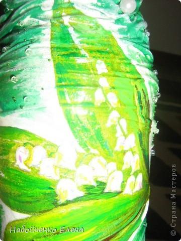 Из обыкновенной бутылки от кетчупа, получилась такая маленькая ваза, с довольно большим горлышком фото 4