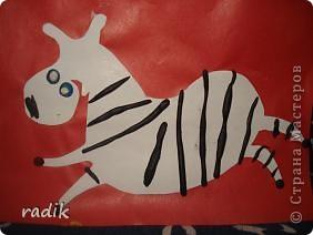 Эту игривую зебру слепил старший сынок,ему 9 лет. фото 2