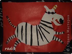 Эту игривую зебру слепил старший сынок,ему 9 лет. фото 1