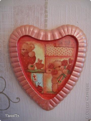 Так мне понравилась идея мастерицы Марина К,что решила тоже попробовать. Взяла подходящие формы: большая-крышка от тортика, а маленькие -это коробочка от конфет, использовала и дно и крышку.  фото 10