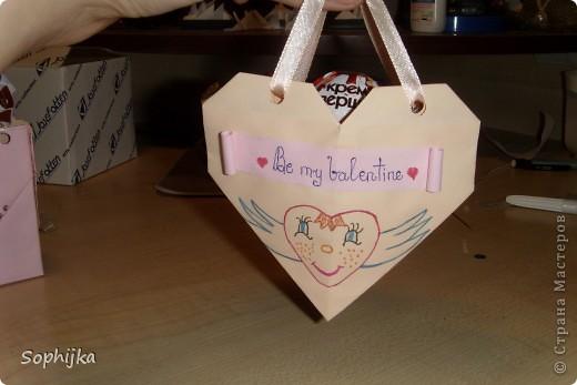 Вот такие подарки я приготовила своим подружкам на День Валентина. Сделала немного, потому что надо было делать срочно!(я об празнике вспомнила оооочень поздно) Посмотрим поближе? фото 3