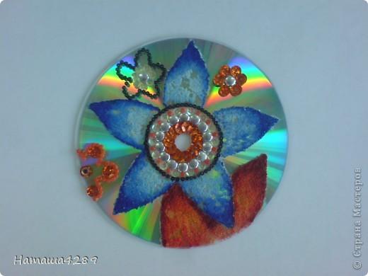 Поделки из компьютерных дисков фото 1