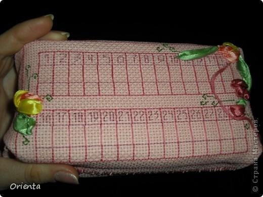 Вот такой органайзер для иголок для вышивания я  смастерила... Настолько вдохновилась подобной работой незвестной мне рукодельницы, что магазинный пластиковый покупать не захотела!)) фото 3