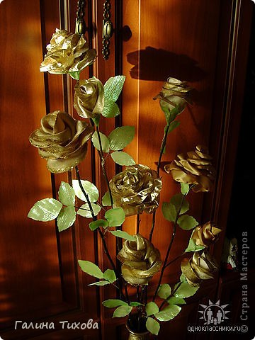 Розы из красной парчи. фото 3
