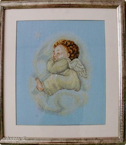"""Вышила """"Ангела на тучке"""" еще в 2008г, уж очень он мне понравился фото 1"""