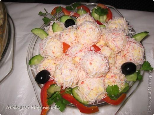Тигрёнок. Так можно украсить любой салат. А вот МК по приготовлению этого салатика http://www.say7.info/cook/recipe/736-Salat-Tigrenok.html. Только лично мне он не очень понравился сочетанием продуктов. фото 8