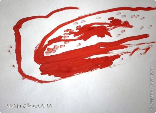 Земляничка. Посмотрели мы Лунтика и тоже решили нарисовать ягодки. фото 4