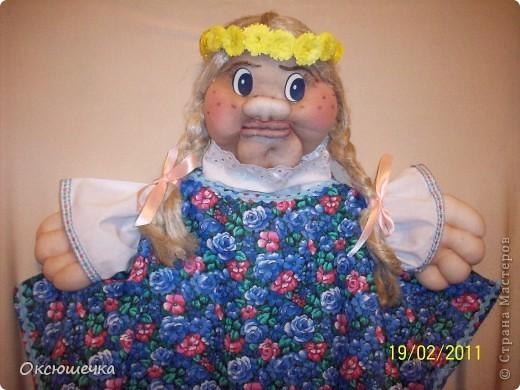 """Дуняша.Девушка-краса,льняная коса.Cоздана по МК Ликмы(,,Забава"""".)Веночек выполнен в технике ,,квиллинг"""".Примитив,конечно,но ,по-моему, Дуне он очень идёт.(делала впервые) фото 2"""