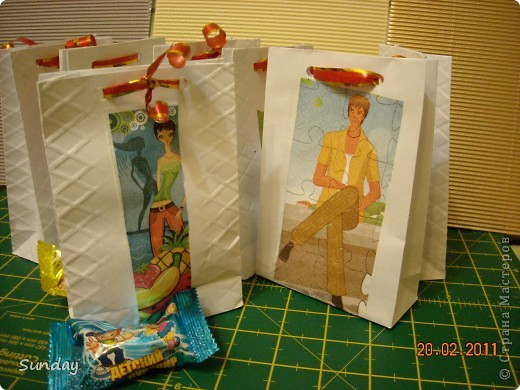 На днях у дочки день рождения, детки пакуют вкуснючие конфетки для угощения в дет.саду. фото 1