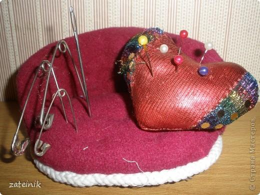 """Игольница-""""Любовь на диване"""" фото 1"""