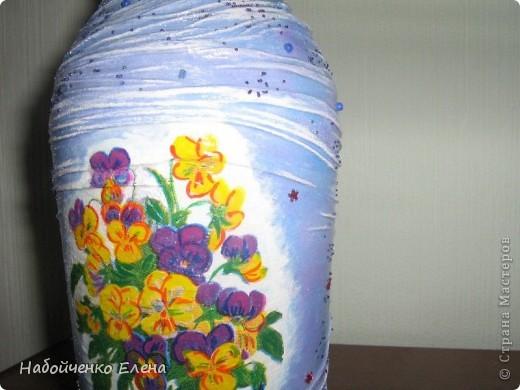На ваш суд еще несколько ваз, капроновые колготки, краска акриловая, салфетки, стразы, микро бисер, бусины, декоративные камни, лак.  фото 6