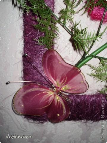 """Настенное панно """"Орхидеи"""". Сделали вместе с маман))) Цветы и травка куплены на рынке, остальное - полет фантазии)))   Только вот не знаю, можно ли это назвать словом """"панно"""". думаю, меня простят, если что не так))) фото 3"""
