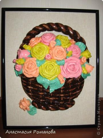 Эту корзиночку роз сделала в подарок маме на 8 марта. фото 1