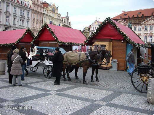 Прага является столицей и крупнейшим городом Чешской республики. Она расположена на реке Влтаве в центральной Богемии. В ней проживает примерно 1.2 миллиона человек. Достопримечательности Праги заслуженно пользуются громадной популярностью у многочисленных туристов. фото 12