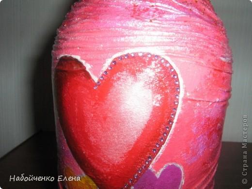 На ваш суд еще несколько ваз, капроновые колготки, краска акриловая, салфетки, стразы, микро бисер, бусины, декоративные камни, лак.  фото 13