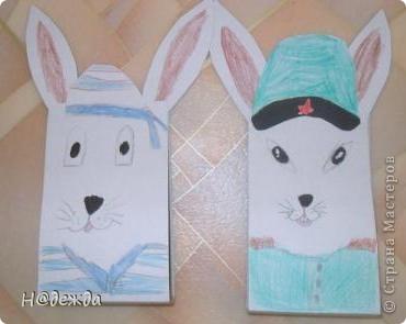 Вот таких зайцев решила сделать моя дочка на 23 февраля дедушкам. Вдохновили новогодние зайцы от Голубки. Один заяц моряк, а другой генерал. фото 1