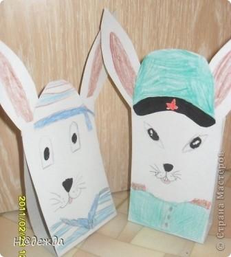 Вот таких зайцев решила сделать моя дочка на 23 февраля дедушкам. Вдохновили новогодние зайцы от Голубки. Один заяц моряк, а другой генерал. фото 2