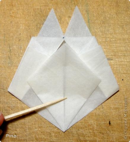 Схема для этой бабочки находится здесь - http://www.liveinternet.ru/users/byxtelka/post101642047/? . К сожалению, я не знаю ее автора и названия (если кто-нибудь сможет помочь - буду очень признательна)  фото 10
