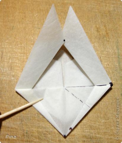 Схема для этой бабочки находится здесь - http://www.liveinternet.ru/users/byxtelka/post101642047/? . К сожалению, я не знаю ее автора и названия (если кто-нибудь сможет помочь - буду очень признательна)  фото 12