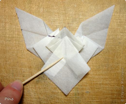 Схема для этой бабочки находится здесь - http://www.liveinternet.ru/users/byxtelka/post101642047/? . К сожалению, я не знаю ее автора и названия (если кто-нибудь сможет помочь - буду очень признательна)  фото 16