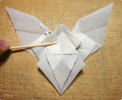 Схема для этой бабочки находится здесь - http://www.liveinternet.ru/users/byxtelka/post101642047/? . К сожалению, я не знаю ее автора и названия (если кто-нибудь сможет помочь - буду очень признательна)  фото 17