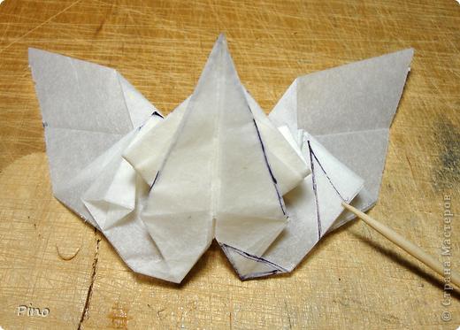 Схема для этой бабочки находится здесь - http://www.liveinternet.ru/users/byxtelka/post101642047/? . К сожалению, я не знаю ее автора и названия (если кто-нибудь сможет помочь - буду очень признательна)  фото 18