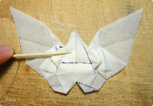 Схема для этой бабочки находится здесь - http://www.liveinternet.ru/users/byxtelka/post101642047/? . К сожалению, я не знаю ее автора и названия (если кто-нибудь сможет помочь - буду очень признательна)  фото 19