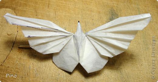 Схема для этой бабочки находится здесь - http://www.liveinternet.ru/users/byxtelka/post101642047/? . К сожалению, я не знаю ее автора и названия (если кто-нибудь сможет помочь - буду очень признательна)  фото 27