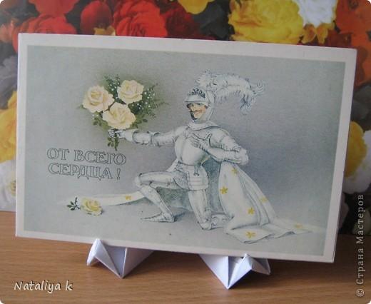 Давно с завистью поглядываю на покупные деревянные подставочки для демонстрации открыток - даже не знаю,как они называются )))    И вот- находка!!! фото 1