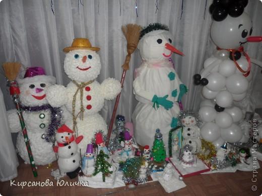 Конкурс снеговиков мой в желтой шляпке. фото 1