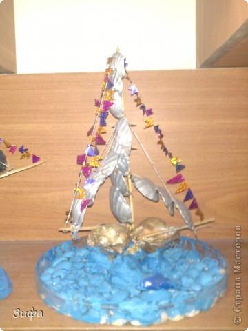 Пиратский многоярусный корабль  Рядом кораблик мечты фото 2