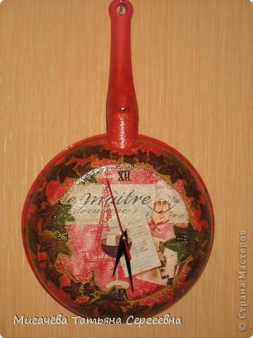 Часы из сковородки,соседке в подарок. фото 1