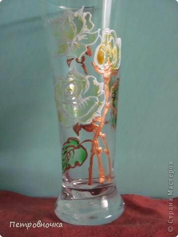 """Классные недорогие вазочки получаются из бокалов для пива. В """"Магните"""" стоят 25 рублей. Под свои маки расписала контурами по стеклу и витражными красками. фото 4"""