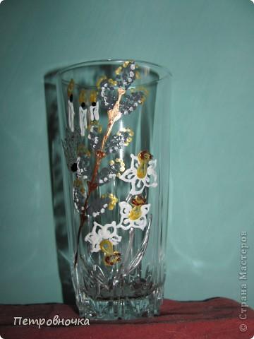 """Классные недорогие вазочки получаются из бокалов для пива. В """"Магните"""" стоят 25 рублей. Под свои маки расписала контурами по стеклу и витражными красками. фото 6"""