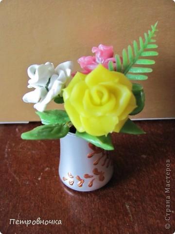 Продолжаю учиться лепить розы. Учусь варить фарфор. Эксперементирую с клеями. фото 4